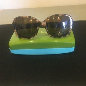 NWT Kate Spade ♠️ Sunglasses